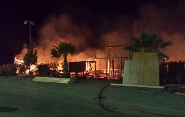 Melito Porto Salvo, le foto del lido andato in fiamme