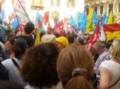 Sit-in degli insegnanti calabresi a Reggio Calabria
