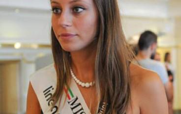 Miss Italia: Bina Forciniti è Miss Calabria 2015