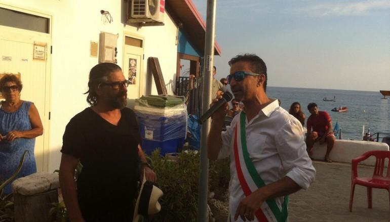 Palizzi, targa sul Lungomare più corto d'Italia