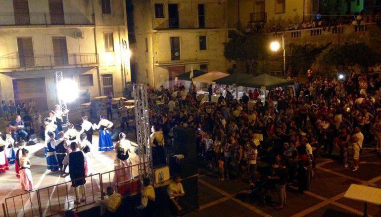 """A Bagaladi cresce l'attesa per la """"Festa del Gonfalone 2016"""""""