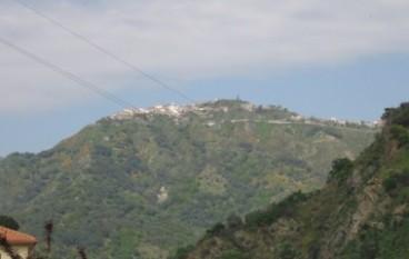"""Presentato il libro """"Monte frumentario di San Lorenzo"""" di Carmelo Bagnato"""