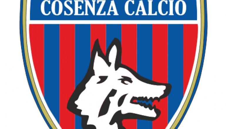 Cosenza, visita di Guarascio alla squadra