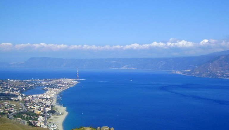 Aperol Spritz attraversa lo Stretto di Messina
