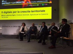 """Oliverio  a Capri per il Convegno """"Digitale X la Crescita"""""""