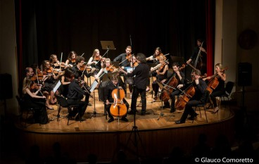 Lamezia Terme, l'Accademia d'Arti Arrigoni in concerto al teatro Umberto
