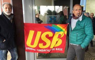 USB e lavoratori precari di nuovo in piazza