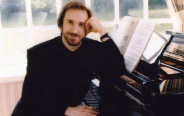 A Lamezia recital romantico di Cristiano Burato
