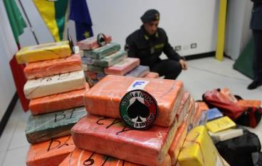 Porto Gioia Tauro, sequestrata cocaina purissima