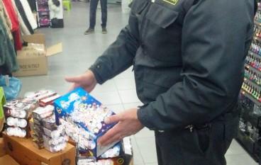 Vibo Valentia, sequestrati fuochi d'artificio e prodotti pericolosi