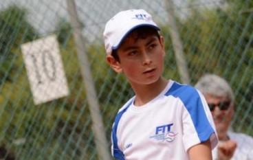 Locri: i complimenti dell'Amministrazione comunale al giovane tennista Maio