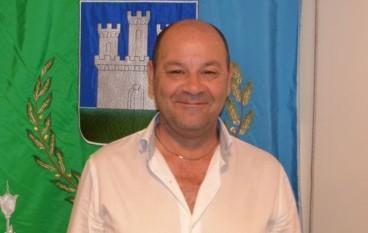 Isola Capo Rizzuto, si dimette il consigliere Capicchiano