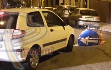 """Reggio Calabria, """"Cittadini"""" segnala dissesto manto stradale"""
