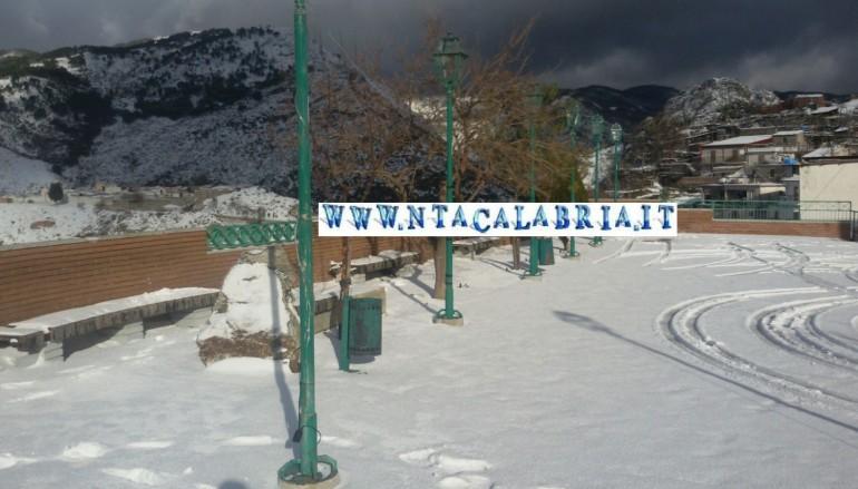 Neve a Roccaforte del Greco, scuole chiuse