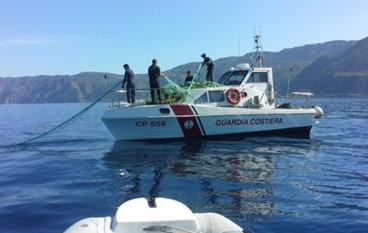 Guardia Costiera: sequestrate reti tra Spropoli e Condofuri