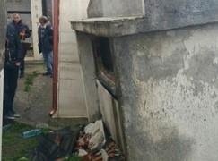 Cosenza, piogge intense: frana nel cimitero a Paola