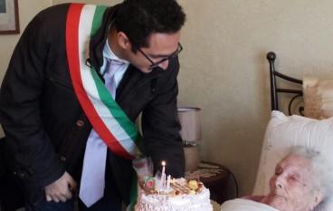 Polistena, festeggiati i 111 anni della signora Zuccalà