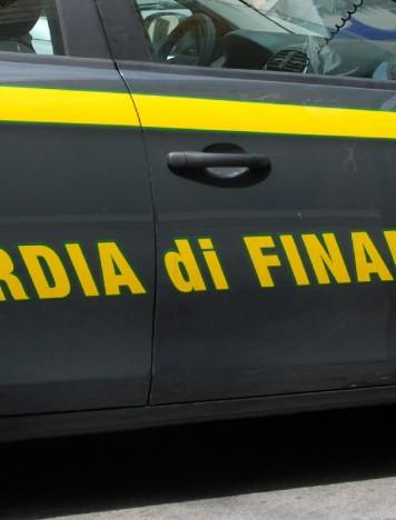 Reggio, sequestrati mezzi a nucleo familiare di un pregiudicato
