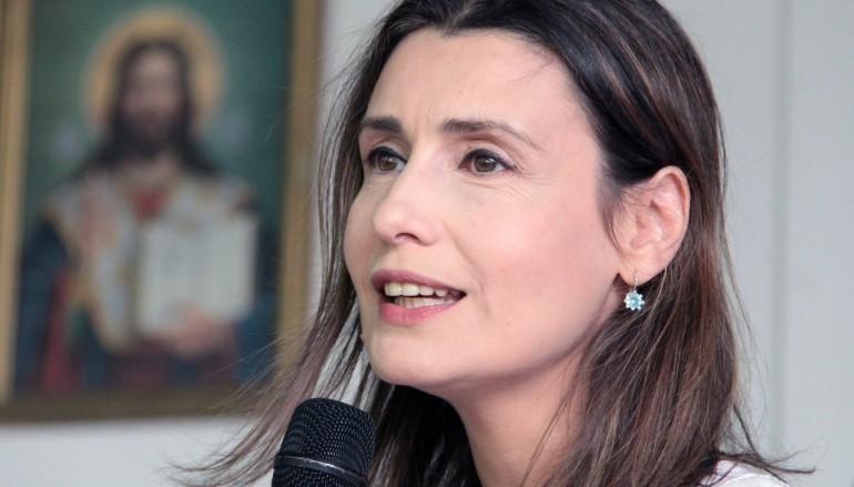 """Attesa per la consegna del """"Premio Platania 2015"""" a Claudia Koll"""