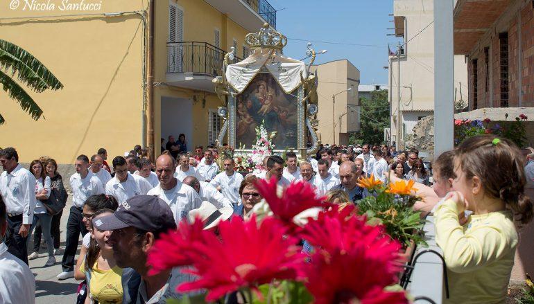 Melito, foto Processione verso il Santuario di Nicola Santucci