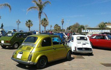 Melito Porto Salvo, le foto del raduno delle Fiat 500
