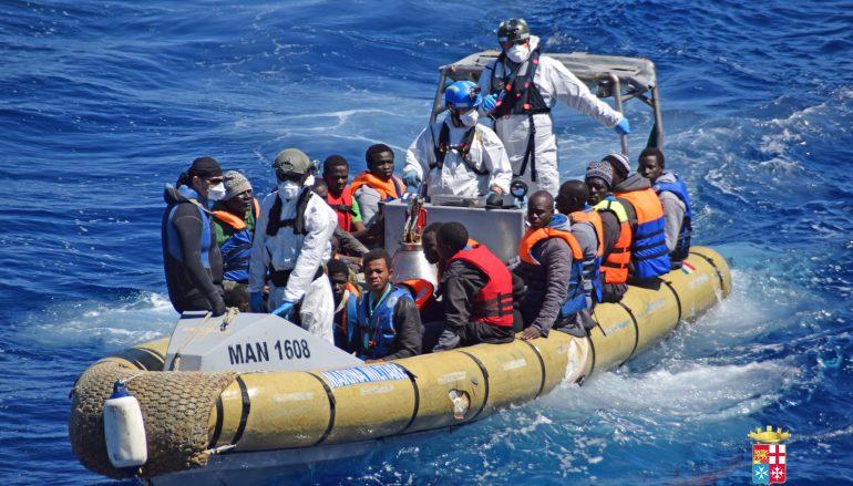 Corigliano, nuovo sbarco di immigranti al Porto