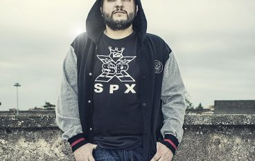 Il rapper calabrese Kento lascia la SIAE