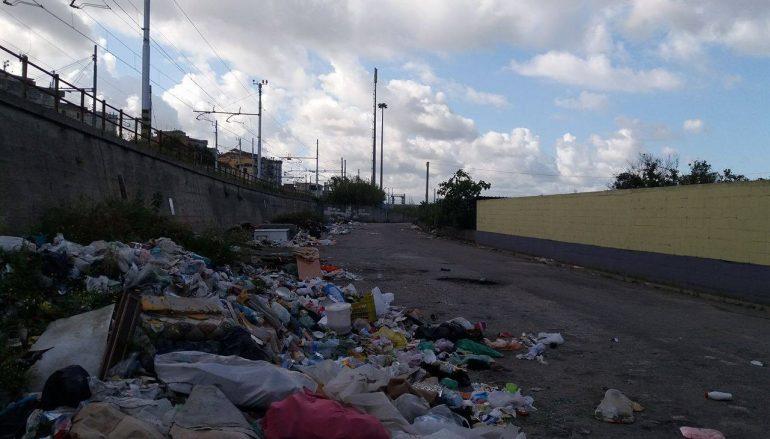 Rosarno, protesta dei cittadini del Rione Judicello