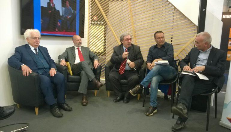 Vittorio Sgarbi torna al Premio Letterario Caccuri