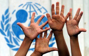 """Roghudi aderisce al programma Unicef """"Città amiche dei bambini"""""""