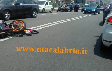 Lazzaro, incidente sulla Ss 106 (Foto)