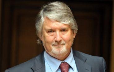Calabria, stabilizzazione precari: Oliverio incontrerà il Ministro Poletti