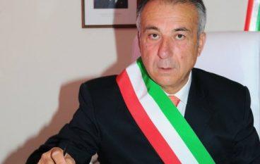 Intimidazione al sindaco di Botricello: la solidarietà di Enzo Bruno