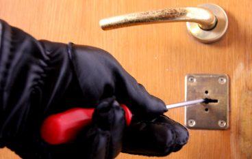 Rosarno, un arresto per tentato furto