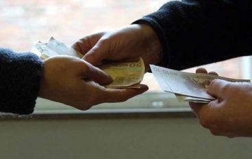Commerciante chiede aiuto alla 'ndrangheta ed estorce 140 mila euro