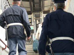 Cittadino nigeriano aggredisce agenti Polfer sul treno: arrestato