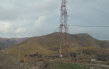 Lazzaro, linee elettriche aeree non segnalate: un potenziale pericolo