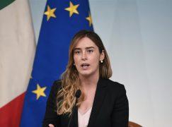 Abusi su minore, il Ministro Boschi arriva in Calabria