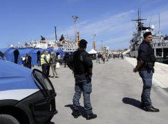 Reggio Calabria, arrivata nave con 651 migranti