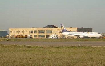 Aeroporto Crotone, Molinari (IDV): chiusura da scongiurare