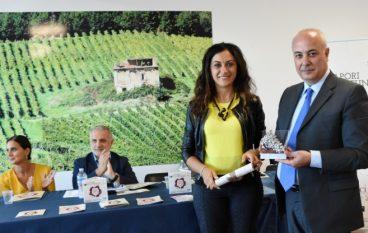 """Cosenza, il Premio """"Grappolo d'Oro"""" a Klaus Algieri"""