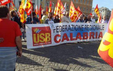 """USB Calabria presente al """"No Renzi Day"""" tra colori e rabbia"""