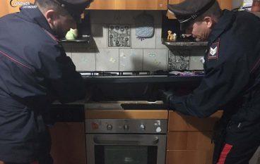 Soverato, droga sotto i fornelli: un arresto