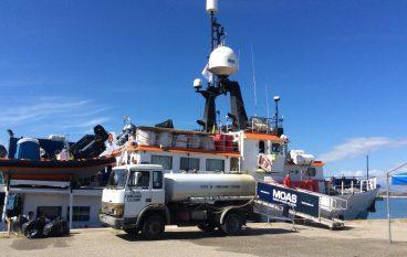 Corigliano, sbarcati 415 migranti al Porto