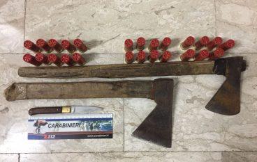 Careri, uomo minaccia con arma i Carabinieri: arrestato