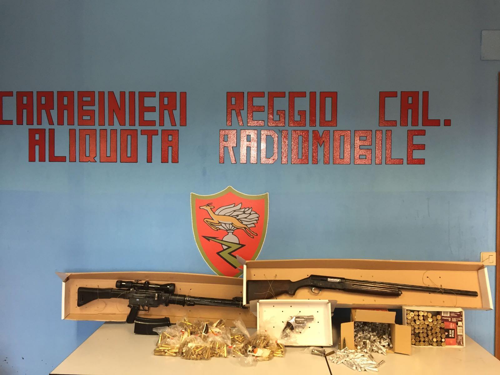 Reggio calabria aveva arsenale in casa arrestato - Nascondigli in casa ...