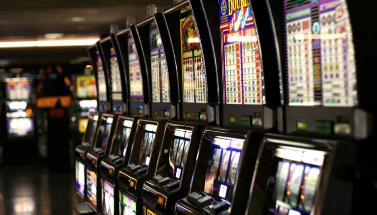 Melito di Porto Salvo, slot-machine truccate: una denuncia