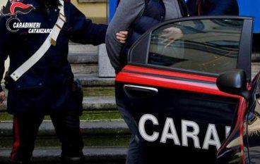 Cosenza, avvocato vittima di estorsione e stalking: un arresto