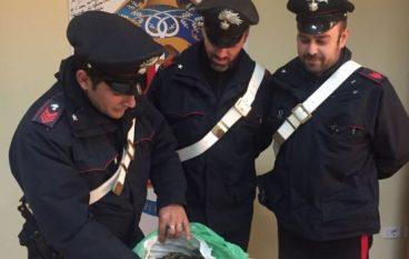 San Ferdinando, trovato con droga in auto: arrestato