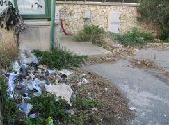 Lazzaro, Crea su aree degradate del paese